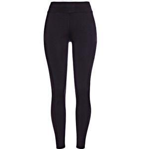 POP Fit Stella with pockets Black Leggings Medium